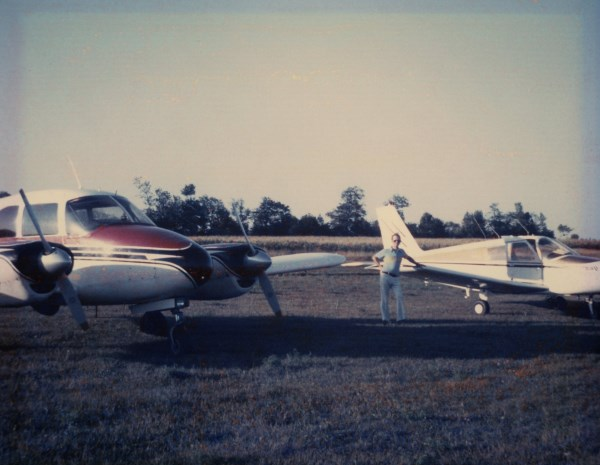 CF-XAR on the right was my first aircraft. This picture shows CF-GEK in its original colours.